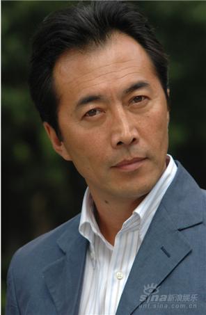 资料图片:《狼烟北平》主演--郑晓宁饰马汉三