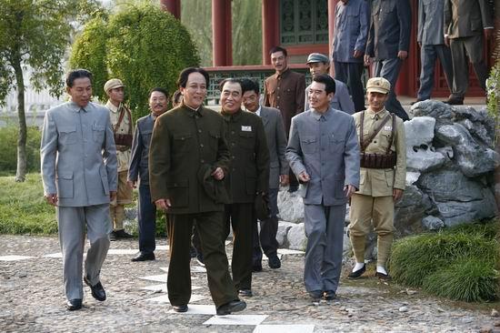唐国强专访:《东方红》展现了全新的主席形象