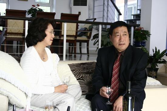 资料:《家有公婆》人物--白志迪饰公公舒泰然(2)