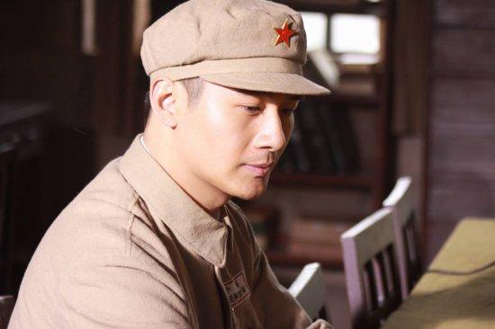 资料:《八千湘女上天山》人物--李佑伟饰方城