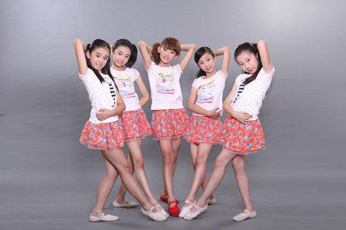 少女节_节公益晚会在央视播出,曾被网友们称为世上最清新的美少女组的\