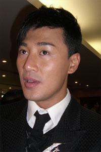 林峰被指请TVB高层吃饭与夏雨抢视帝(图)