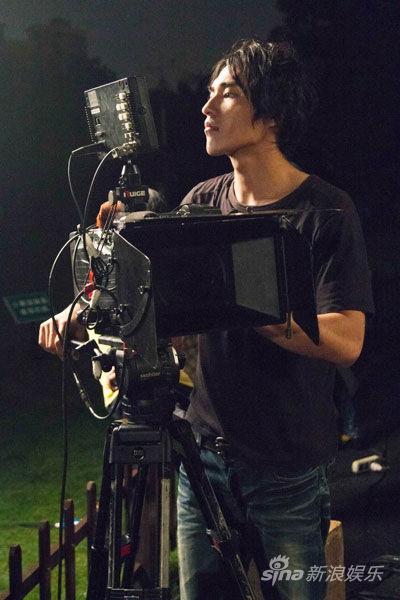 蓝正龙对拍摄技术颇有兴趣