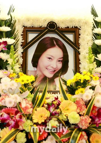 张紫妍父母双亡致其患抑郁症害怕失去朋友(图)