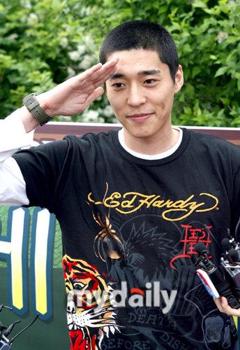 韩国艺人徐智锡军队退役后首次出演电视节目