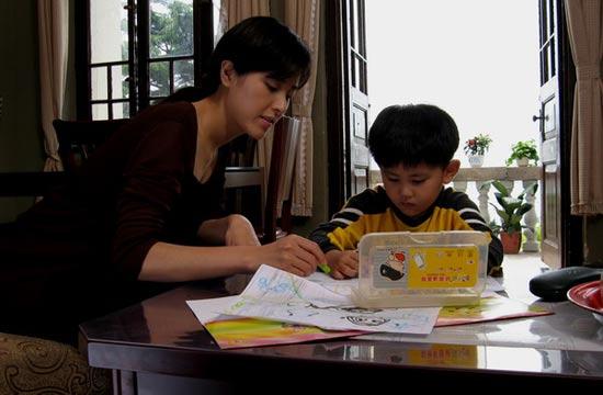 《廖家》北京卫视登场曾黎饰单身妈妈催人泪下