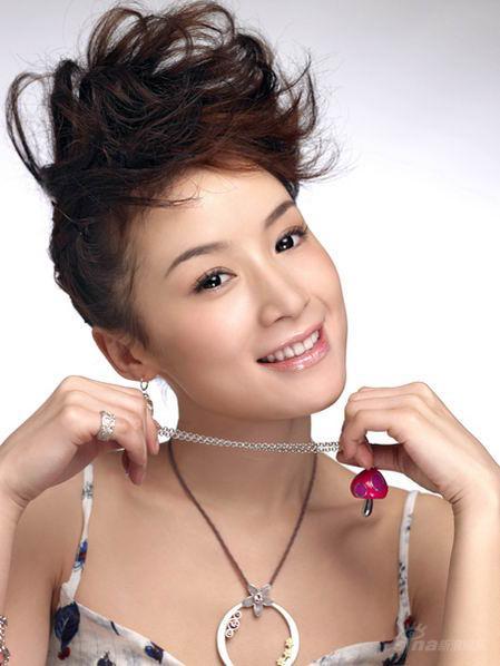 《笑着活下去》北京夺冠姚芊羽不怕再哭三百场
