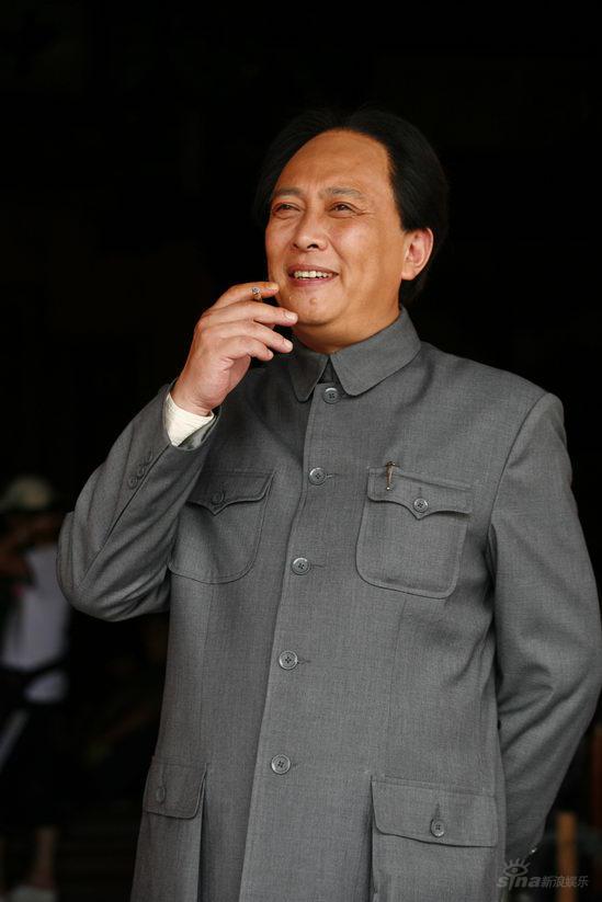 唐国强加盟《东方红》誓将演活一代领袖毛泽东(2)