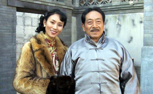 卢卓捷与王奎荣