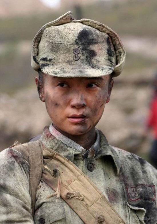 小宋佳以强弱并行《红日》中反差性出演女军人