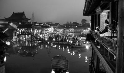 《红楼梦》元宵灯会上千灯笼覆盖乌镇(附图)