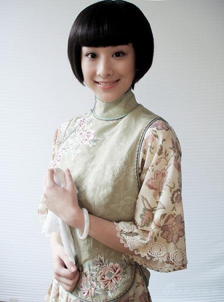 穆婷婷加盟《新一剪梅》扮相柔美纯真(图)
