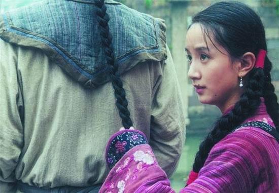 李倩《我们生活的年代》本色出演与角色同成长