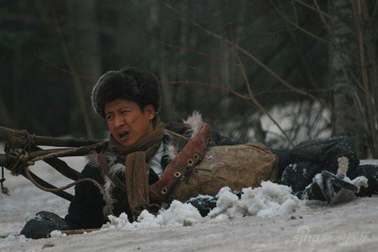 张国强拍《大掌柜》直言很累新奇招数抗严寒