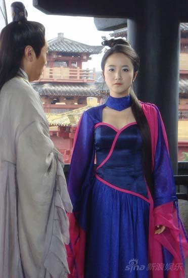 李倩《天师钟馗》演绎千年山妖俏佳人恐怖变身