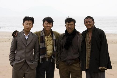 """廖凡《生死线》展男人情义""""战争版F4""""被热捧"""
