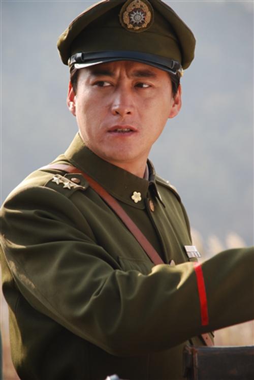 """《利剑》央视""""出鞘""""刘小锋韩雪挑战《潜伏》"""
