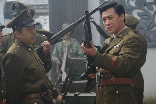 刘小锋古装转型谍战《利剑》成功演绎卧底将军