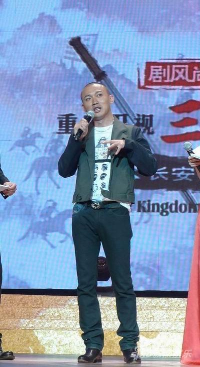 聂远《三国》首映帅气舞枪战神赵云引爆全场