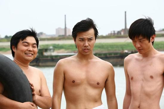 陈思成《子弹》半裸出镜演绎青春友情与爱情
