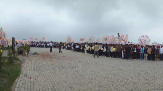 3000干部群众自发参加拍摄
