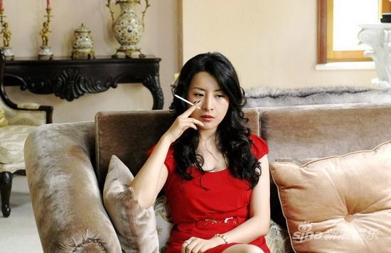 《天敌》五星开播王雅捷颠覆演出受关注(图)