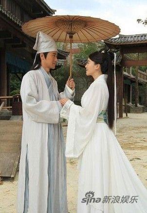 任泉和左小青扮演许仙和白娘子