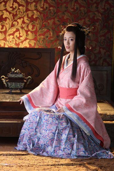 吕佳容出演《美人心计》 获于正高度评价_影音娱乐