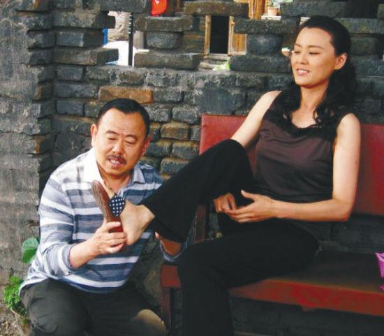 《能人冯天贵》延续了潘长江的喜剧风格