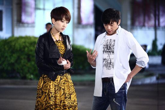朱雨辰和马苏饰演一对经历感情波折的80后小夫妻