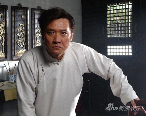 黄志忠诠释狠角色
