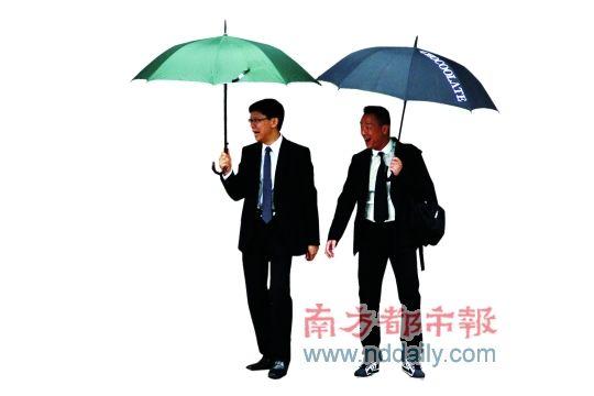 陈志云案现已审到第六天,密友王喜一直陪他出席庭审。