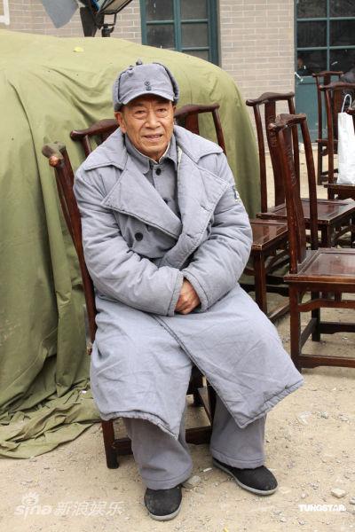 王奎荣在《奸细》片场