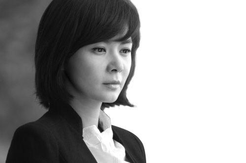 电视剧人鱼小姐_电视前沿 > 正文    因韩剧《人鱼小姐》而被中国观众熟悉的韩星张