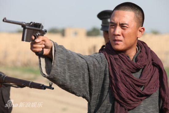 电视前沿 电视剧《雪狼谷》专题 > 正文    新浪娱乐讯 正在云南卫视
