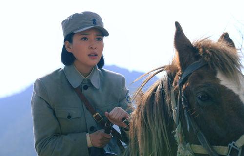 甘婷婷骑马