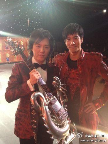 2012年春晚李云迪王力宏合作引发热议