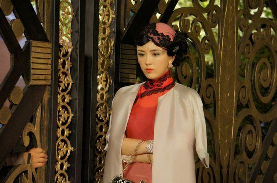 吕佳容舞女造型