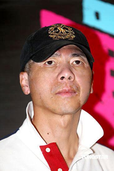 冯小刚担任马年央视春晚总导演
