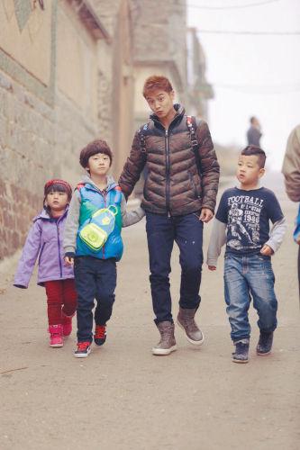 《爸爸去哪儿》田亮带着孩子们