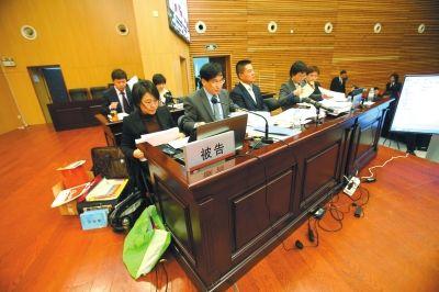 琼瑶起诉于正侵权案开庭 记者欧阳晓菲摄