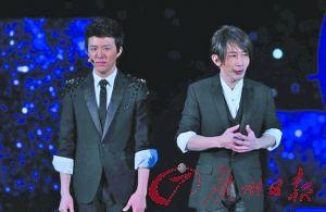 刘谦的临时发挥让李云迪(左)好尴尬