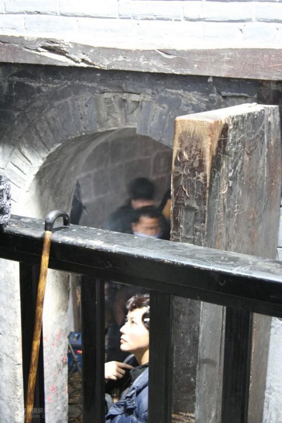 美妇美穴狠狠射_本剧是根据作家苏童的小说《米》和贾平凹的小说《五魁》,《美穴地》