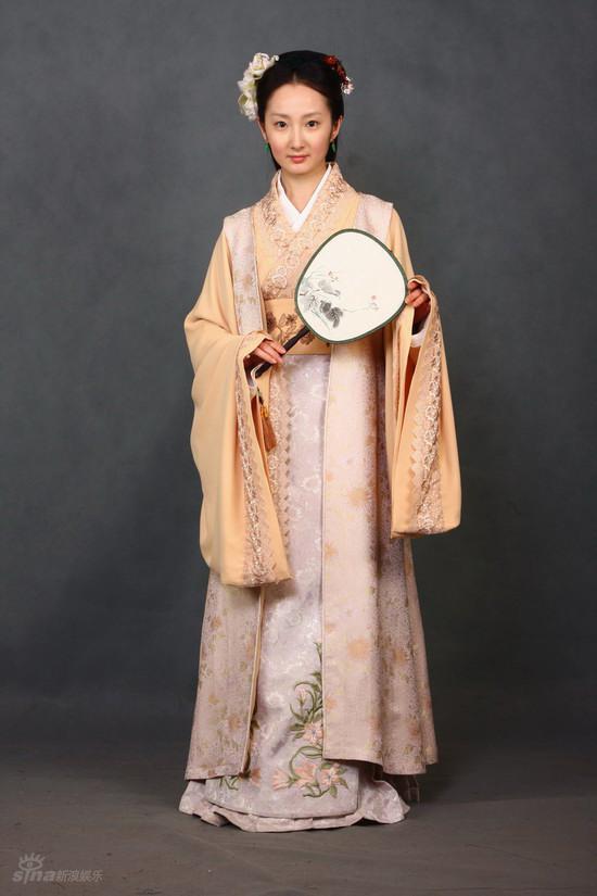 图文:《红楼梦》定妆照--程媛媛饰演平儿
