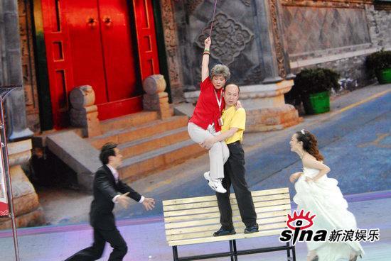 图文:09年央视春节晚会--一对新人终于重逢