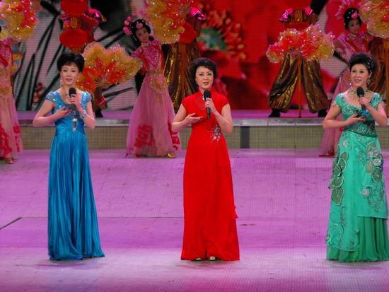 图文:09年央视春节晚会--戏曲《锦绣梨园》