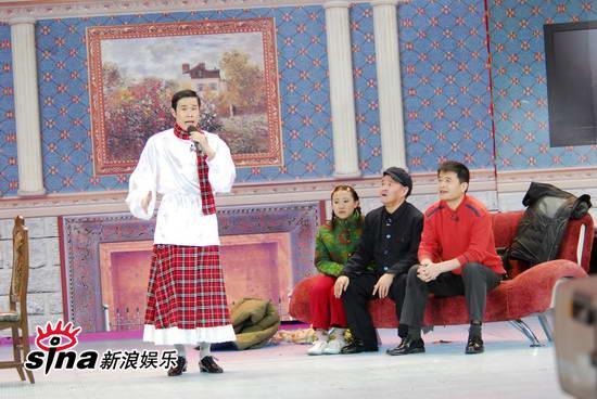 图文:09年央视春节晚会--小沈阳模仿阿宝展才艺