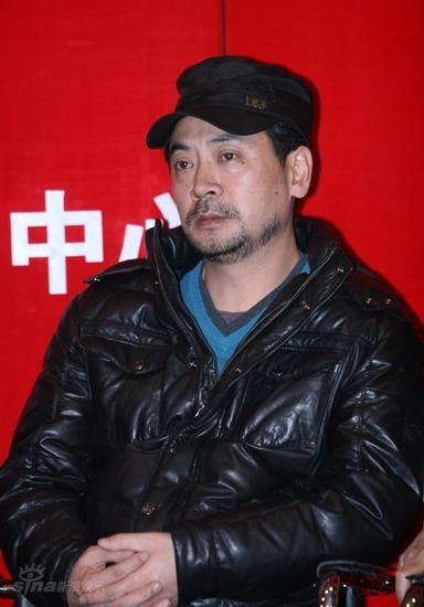 图文:《叶挺将军》首映式--主演刘劲到场