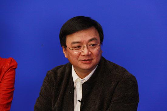 图文:《老大》主创做客新浪-导演李路