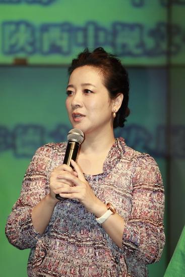 图文:《漂亮女人》发布会--陈小艺自认不漂亮